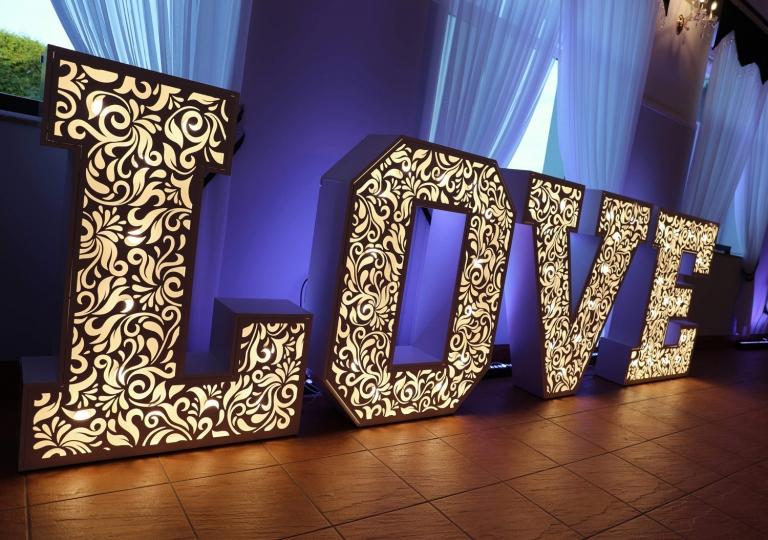 napis-love-plonsk-sala